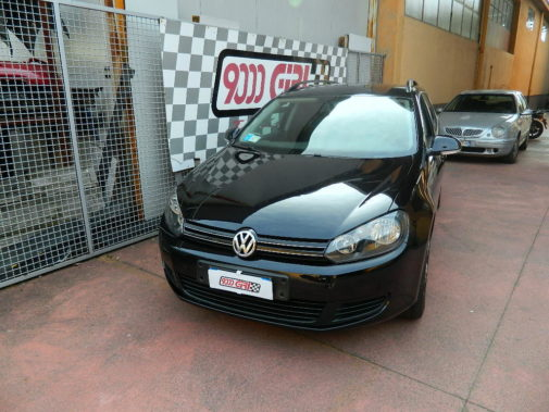 Vw Golf VI Variant 1.6 Tdi powered by 9000 Giri