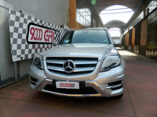 Mercedes Glk 220 cdi powered by 9000 Giri