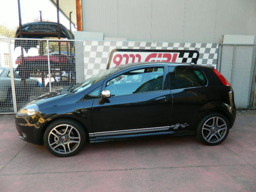 Fiat Grande Punto 1.4 T powered by 9000 Giri