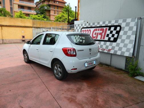 Dacia Sandero 1.2 16v powered by 9000 Giri