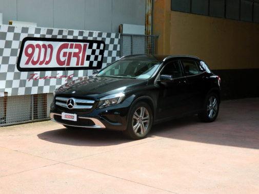Mercedes Benz Gla 200 cdi powered by 9000 Giri
