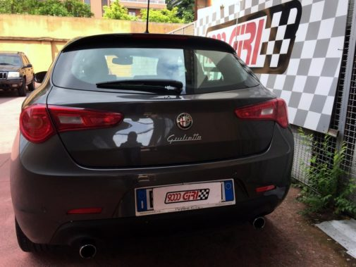 Alfa Romeo Giulietta 2.0 Jtdm II powered by 9000 Giri