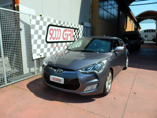 Hyundai Veloster 1.6 turbo powered by 9000 Giri
