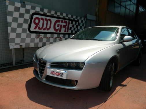 Alfa Romeo 159 1.9 tb powered by 9000 Giri