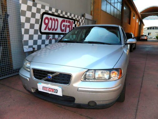 Volvo S60 2.5 D5 powered by 9000 Giri