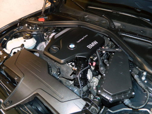 Bmw 318 d F30 Touring powered by 9000 Giri