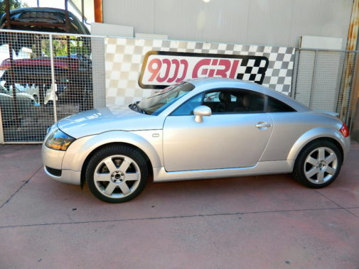 Audi TT 1.8 turbo powered by 9000 Giri