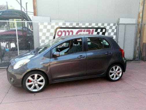 Toyota Yaris 1.8 Vvt-i powered by 9000 Giri