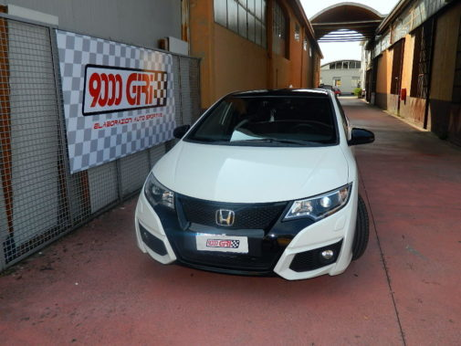 Honda Civic 1.6 Dtec powered by 9000 Giri