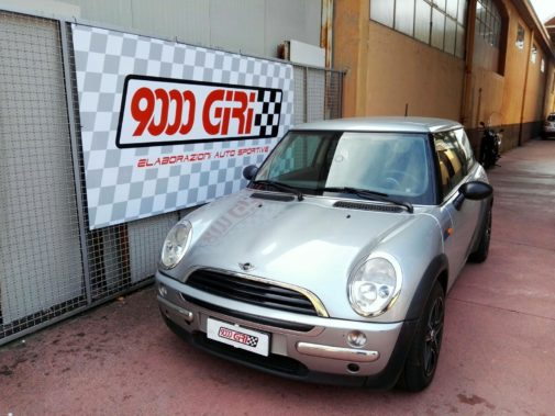 Mini Cooper 1.6 powered by 9000 Giri