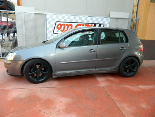 Vw Golf V 1.9 tdi powered by 9000 Giri