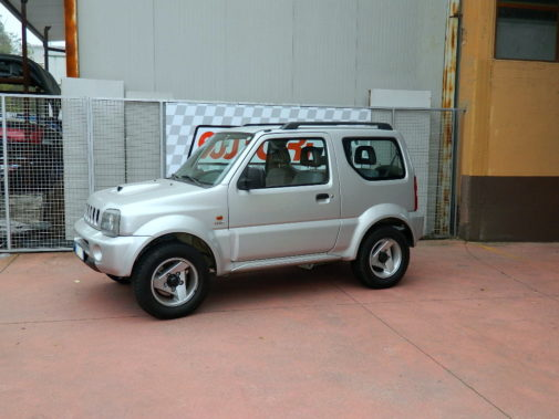 Suzuki Jimny 1.5 ddt-i powered by 9000 Giri