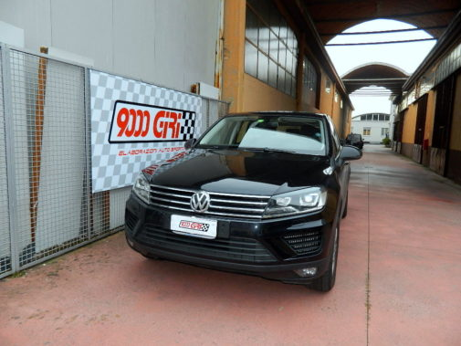 Vw Touareg 3.0 Tdi powered by 9000 Giri