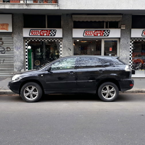 Lexus rx 420 powered by 9000 Giri