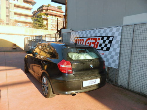 Bmw 118i powered by 9000 Giri