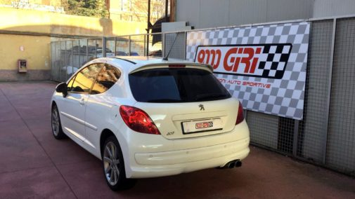 Peugeot 207 1.6 thp powered by 9000 Giri