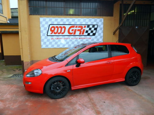 Fiat Punto 1.4 turbo powered by 9000 Giri