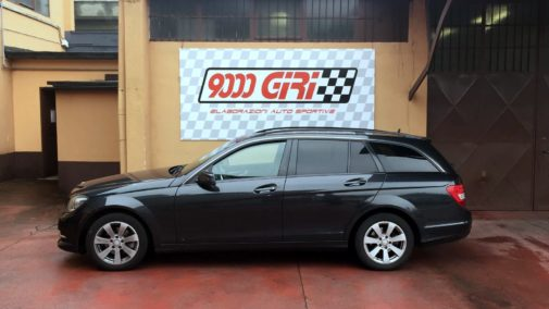 Mercedes C200 cdi powered by 9000 Giri