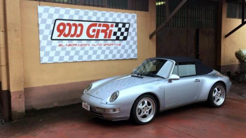Porsche 993 Carrera 4 cabrio powered by 9000 Giri