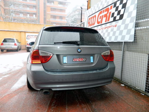 Bmw 320 d Touring powered by 9000 Giri