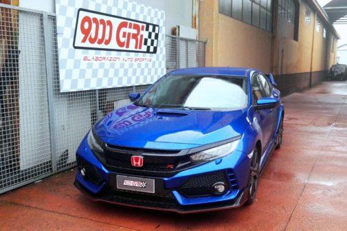 Honda Civic Type R powered by 9000 Giri