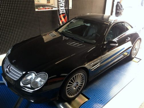 Mercedes Benz Sl 55 Amg powered by 9000 Giri