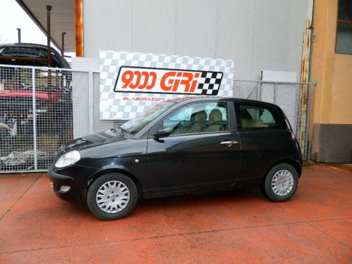 Lancia Ypsilon 1.3 Mjet powered by 9000 giri