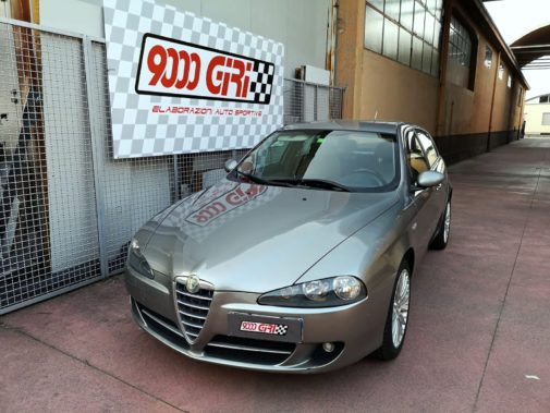 Alfa Romeo 147 jtd 1.9 powered by 9000 giri