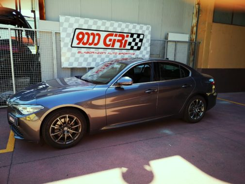 Alfa Romeo Giulia 2.0 Tb powered by 9000 Giri