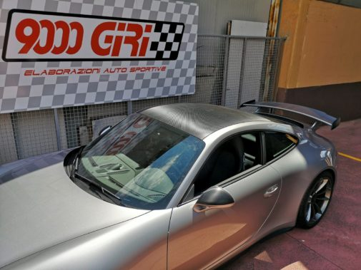 Porsche GT3 powered by 9000 Giri