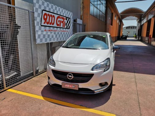 Opel Corsa 1.4 powered by 9000 Giri