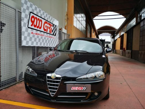 Alfa Romeo 147 1.9 jtd powered by 9000 Giri