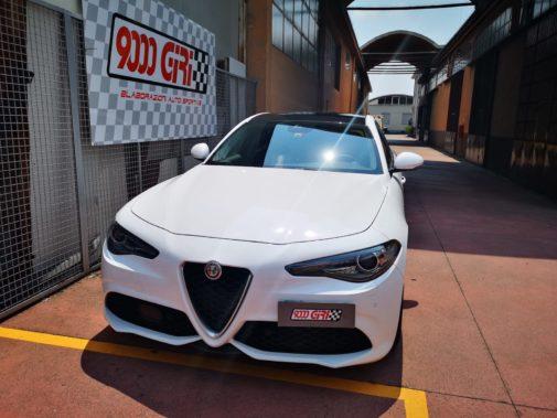 Alfa Romeo Giulia 2.0 Tb powered by 9000 Giri