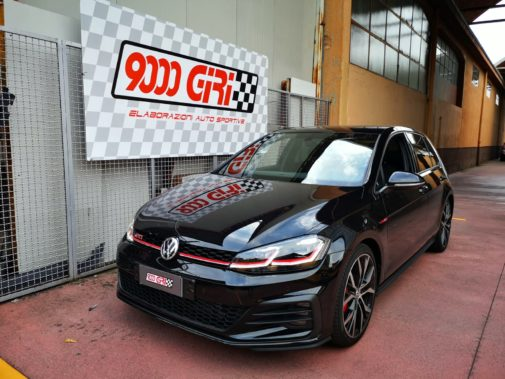 Vw Golf 7 gti Performance powered by 9000 Giri