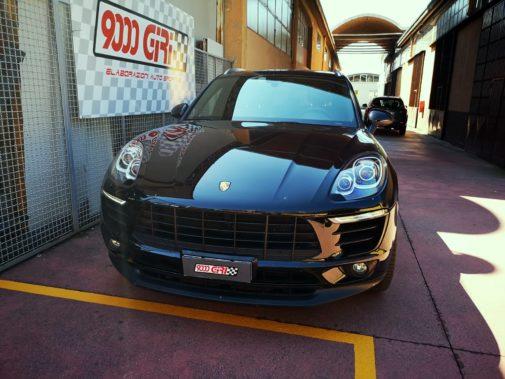 Porsche Macan powered by 9000 Giri