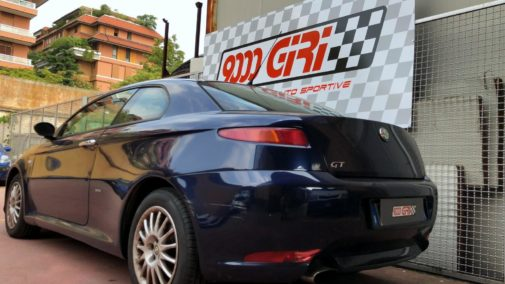 Alfa Romeo Gt powered by 9000 Giri