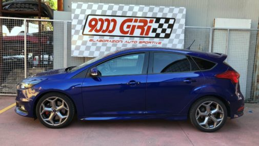 Ford Focus St powered by 9000 Giri