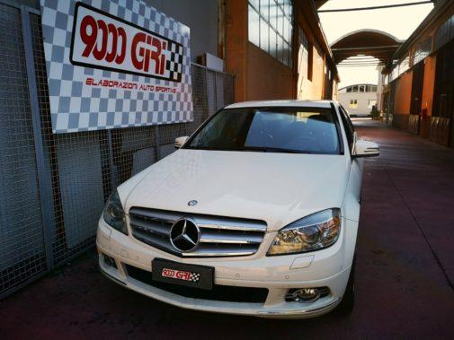 Mercedes C 220 cdi powered by 9000 Giri