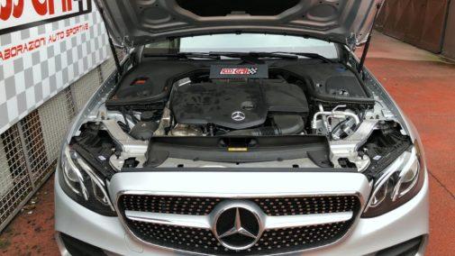 Mercedes E220cdi coupè powered by 9000 giri