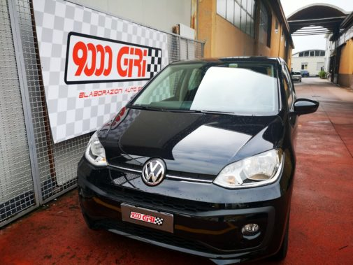 Vw Up powered by 9000 Giri