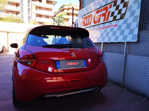 Peugeot 208 gti 30^ anniversary powered by 9000 Giri