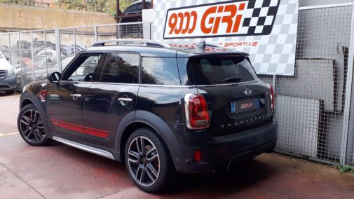 Mini Countryman All4 Cooper S Jcw powered by 9000 Giri