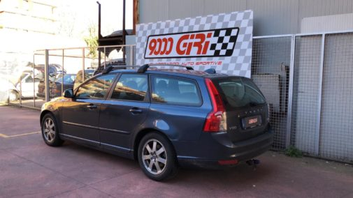 Volvo V50 powered by 9000 giri