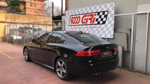 Jaguar Xe 2.0 powered by 9000 Giri