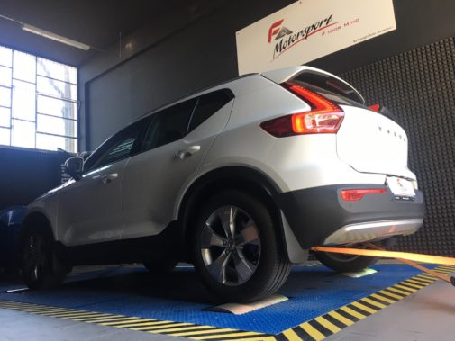 Volvo xc40 T5 powered by 9000 Giri