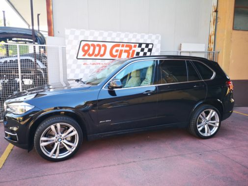 Bmw X5 3.0 d powered by 9000 giri