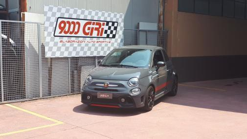 Fiat 500 Abarth 1.4 T-jet powered by 9000 Giri