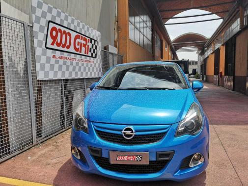 Opel Corsa Opc powered by 9000 Giri