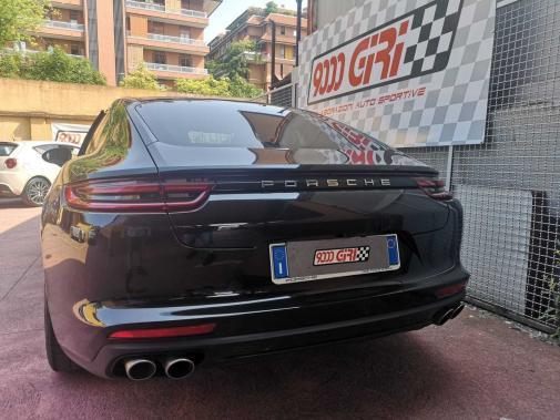 Porsche Panamera 4.0S powered by 9000 Giri