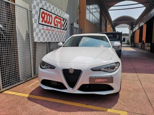 Alfa Romeo Giulia 2.0 turbo powered by 9000 Giri